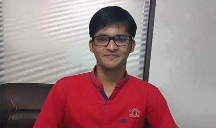 Ansar Shaikh IAS In Hindi
