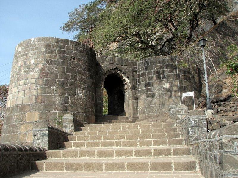 Shivaji Fort History In Hindi