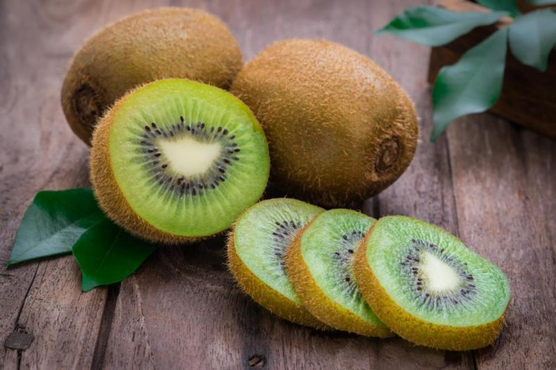 10 Fruits Rich in Vitamins List In Hindi