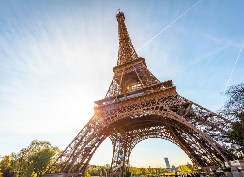 All About Eiffel Tower In Hindi