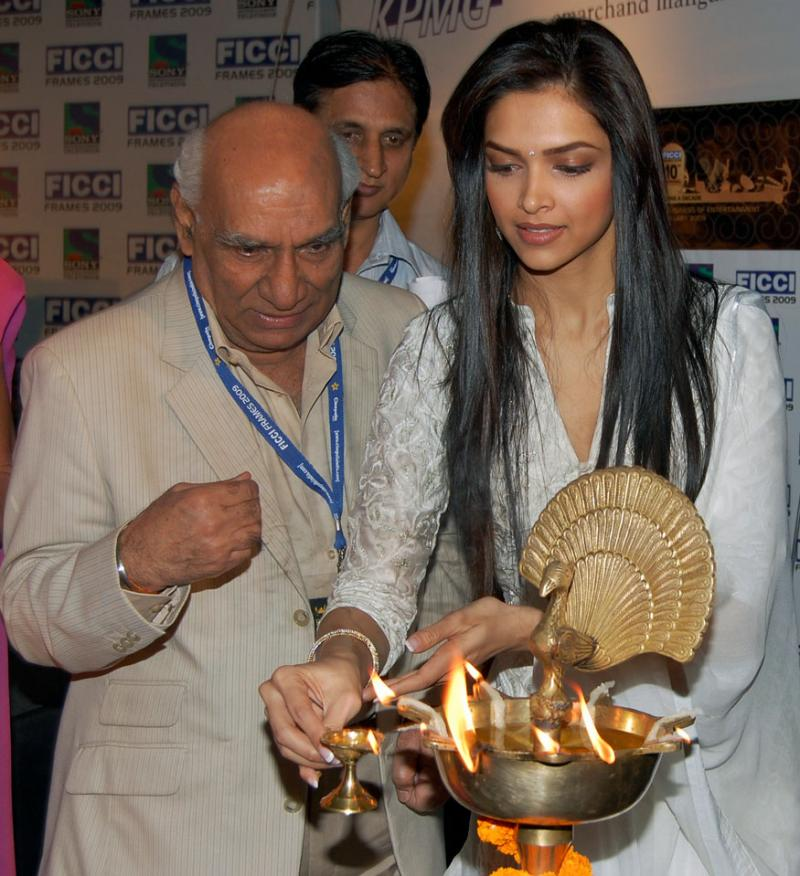 Deepika regrets not able to workwith Yash Chopra