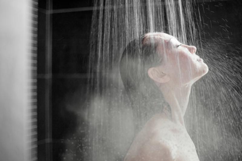 Hot Showerfor get fast relieffrom Coldand Flu